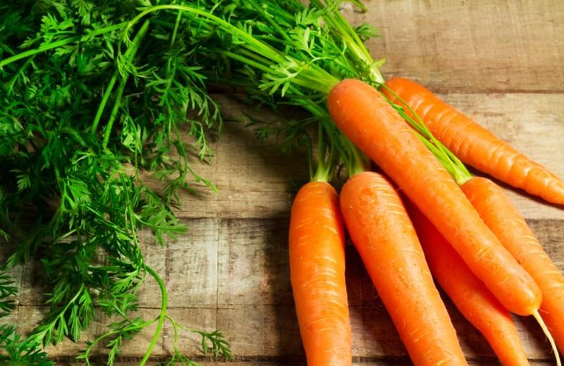 Alimentos que deixam a pele bonita e lisa. A Cenoura alimento que hidratar a pele e cabelo